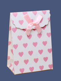 Gift Box / 13x9x5 Pink heart box with ribbon bow&velcro top
