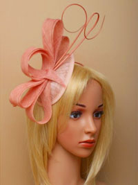 Fascinator / Zara - Nude sinamay pointed cap fascinator.