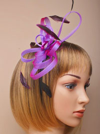 Fascinator / Maisy - Black aliceband with looped fabric.